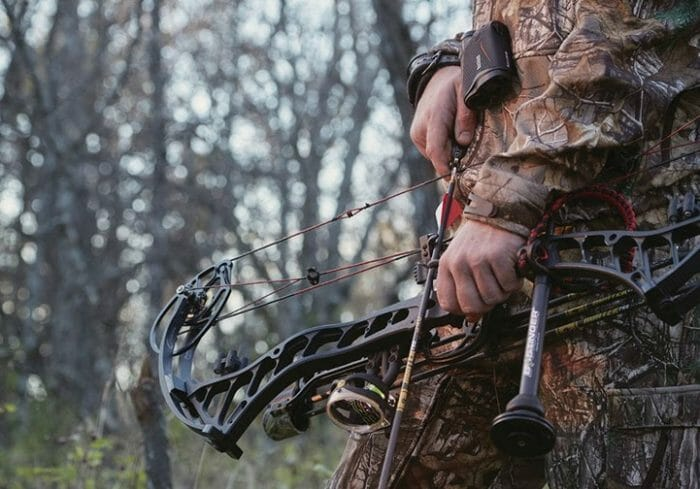 Whitetail deer bow hunting
