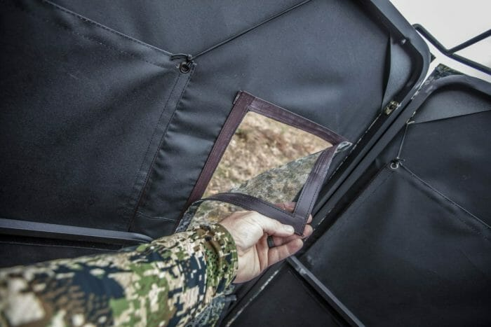 Down and Out Warrior blind magnetic closure